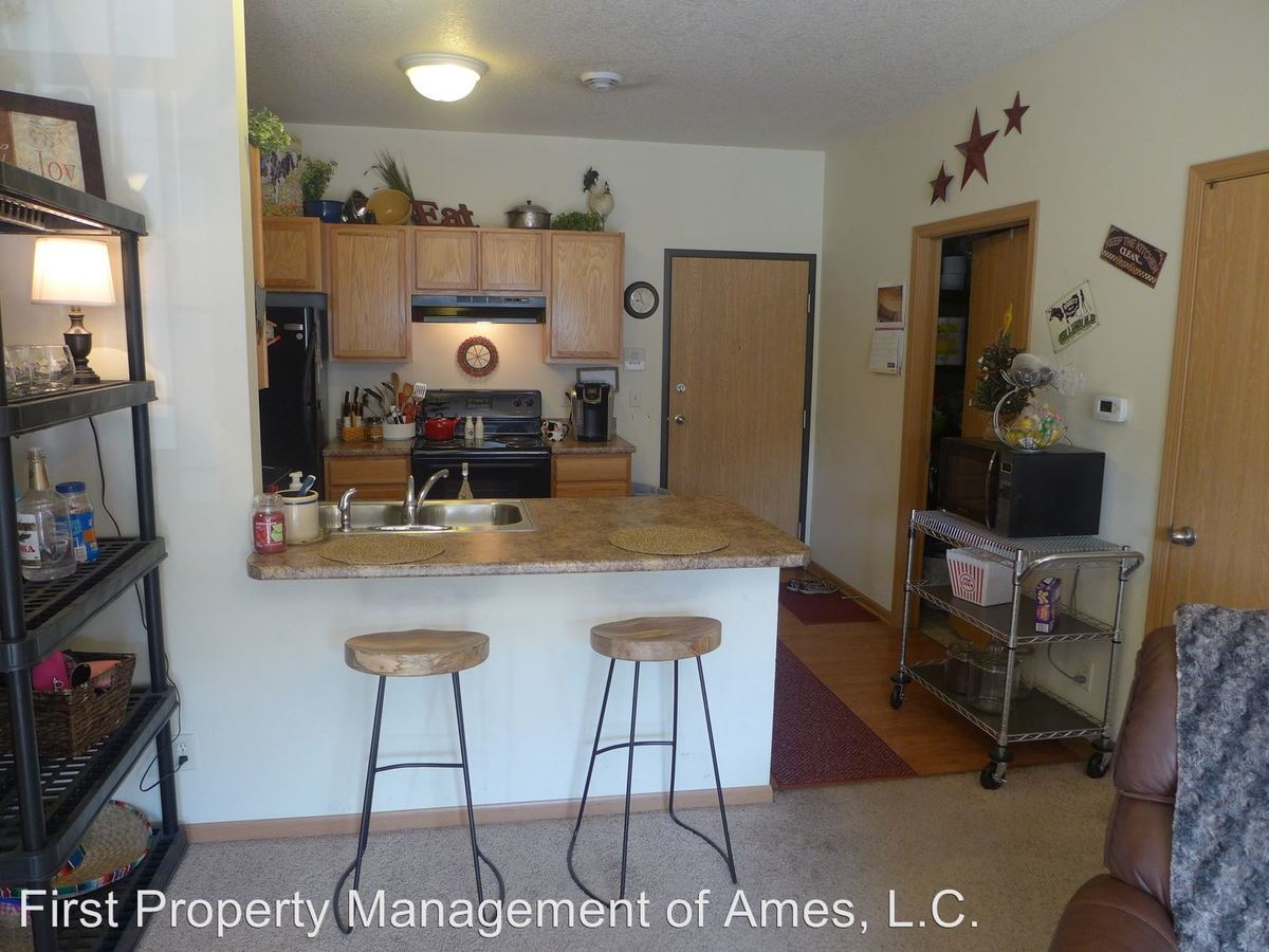 2 Bedrooms 2 Bathrooms Apartment for rent at 205 Beach in Ames, IA
