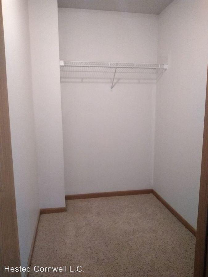 2 Bedrooms 2 Bathrooms Apartment for rent at 1401 N Dakota in Ames, IA
