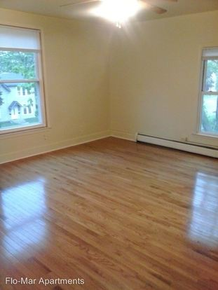 1 Bedroom 1 Bathroom House for rent at 121 N. Normal in Ypsilanti, MI