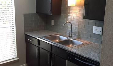 Similar Apartment at 125 Woodward Street