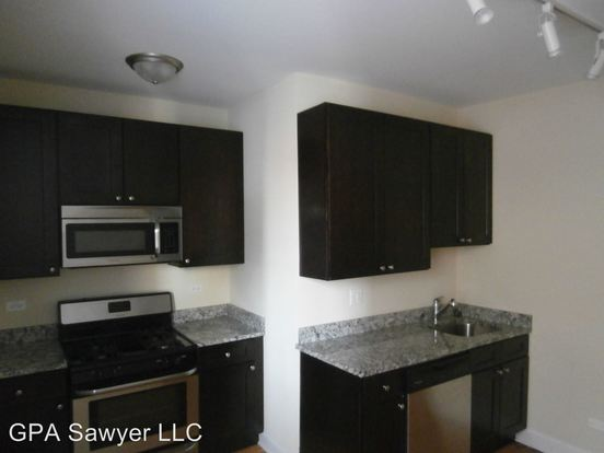 2 Bedrooms 1 Bathroom Apartment for rent at 5001 N Sawyer in Chicago, IL