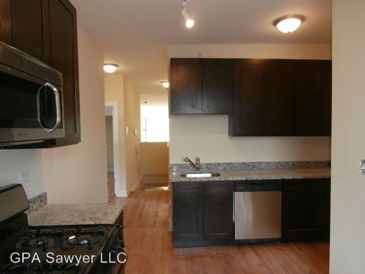 4 Bedrooms 2 Bathrooms Apartment for rent at 5001 N Sawyer in Chicago, IL
