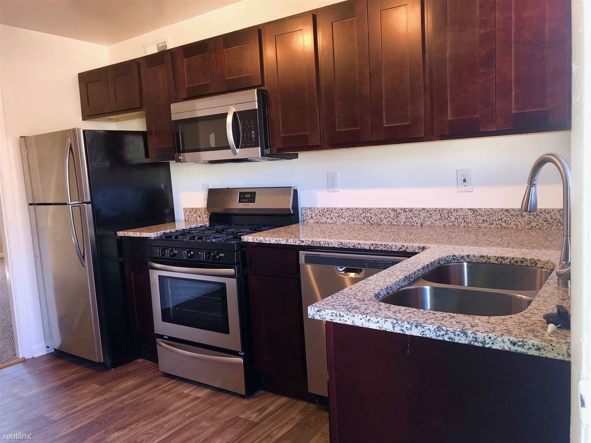 2 Bedrooms 1 Bathroom Apartment for rent at Collier Flats in Atlanta, GA