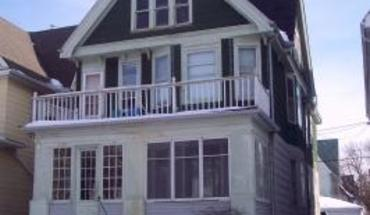 Similar Apartment at 2946 - 2948 N Murray