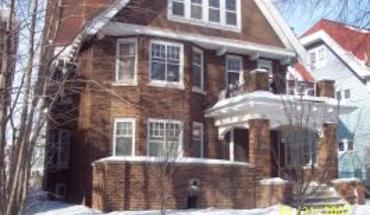 Similar Apartment at 3051 - 3053 N Farwell