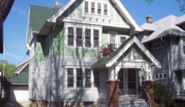 Similar Apartment at 3329 - 3331 N Cramer