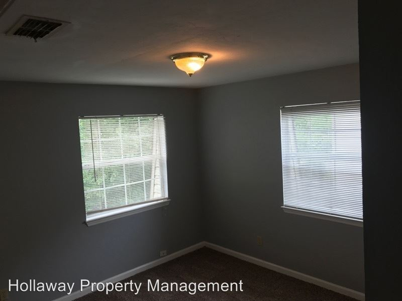 2 Bedrooms 1 Bathroom Apartment for rent at 502 Mckeithen Street in Tallahassee, FL