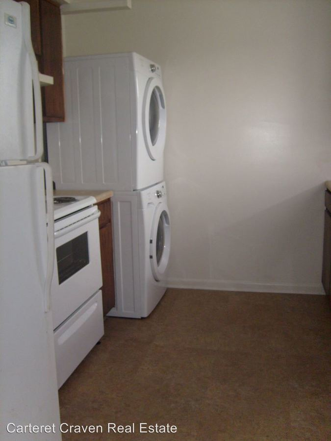 2 Bedrooms 1 Bathroom Apartment for rent at Pine Villa in Havelock, NC