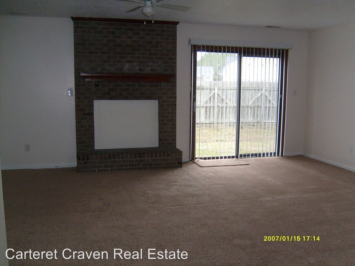 3 Bedrooms 1 Bathroom Apartment for rent at Pine Villa in Havelock, NC