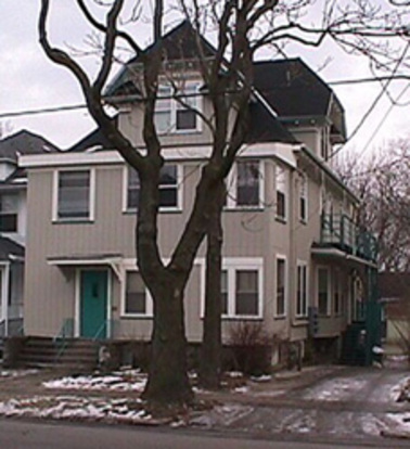1 Bedroom 1 Bathroom Apartment for rent at 1049 E. Johnson St. Apt. 4 in Madison, WI