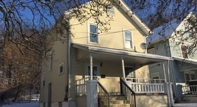 193 Charles Street Apartment for rent in Akron, OH