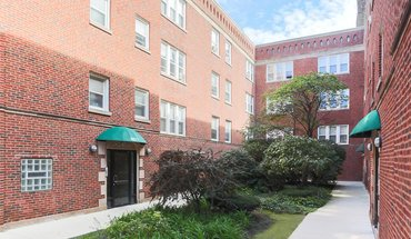 Wolcott Court Apartment for rent in Chicago, IL