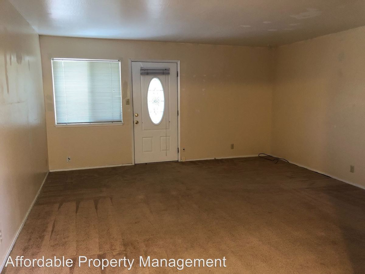 2 Bedrooms 1 Bathroom Apartment for rent at 37847 Niles Blvd in Fremont, CA