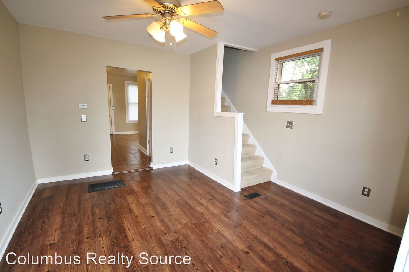 2 Bedrooms 1 Bathroom Apartment for rent at 2456-2458 N Pearl St in Columbus, OH