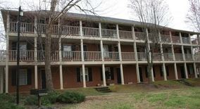 423 Riverbanks Commons