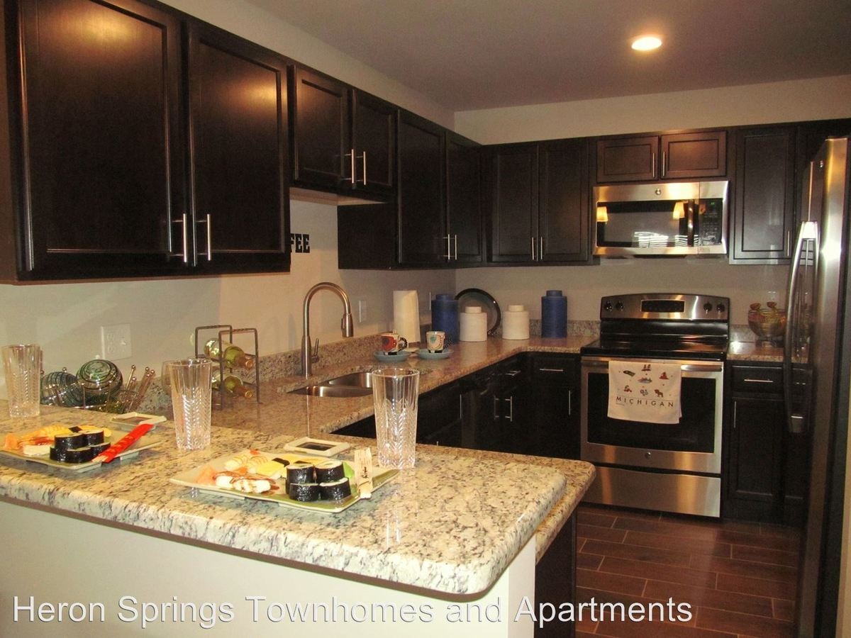 2 Bedrooms 2 Bathrooms Apartment for rent at 4100 Heron Springs Blvd in Lake Orion, MI