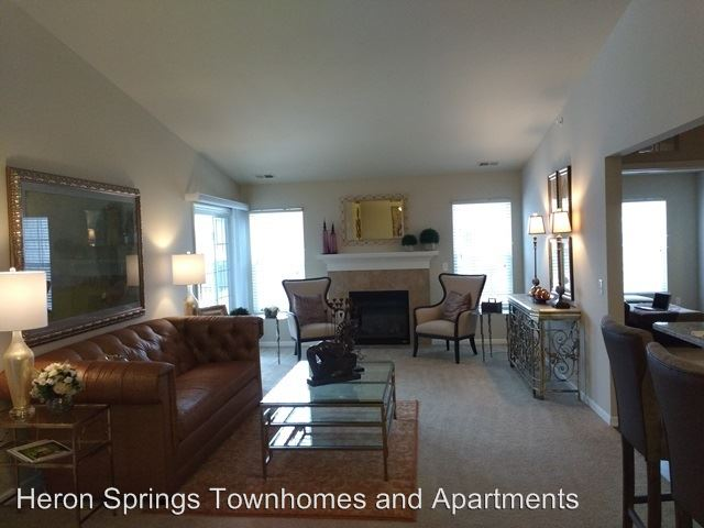 3 Bedrooms 2 Bathrooms Apartment for rent at 4100 Heron Springs Blvd in Lake Orion, MI