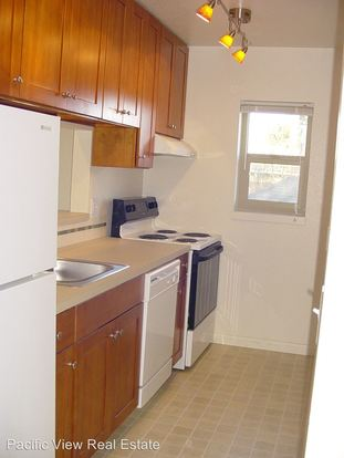 2 Bedrooms 1 Bathroom Apartment for rent at 118 18th Ave E in Seattle, WA