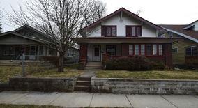 Similar Apartment at 4239 Graceland Ave