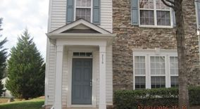Similar Apartment at 516 Walnut Woods Drive