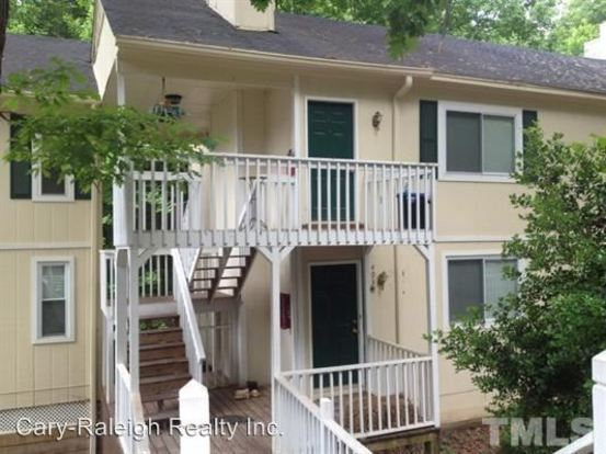 2 Bedrooms 2 Bathrooms Apartment for rent at 4032 Arckelton Drive in Raleigh, NC