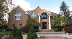 2 Old Bridge Ct Apartment for rent in Melville, NY