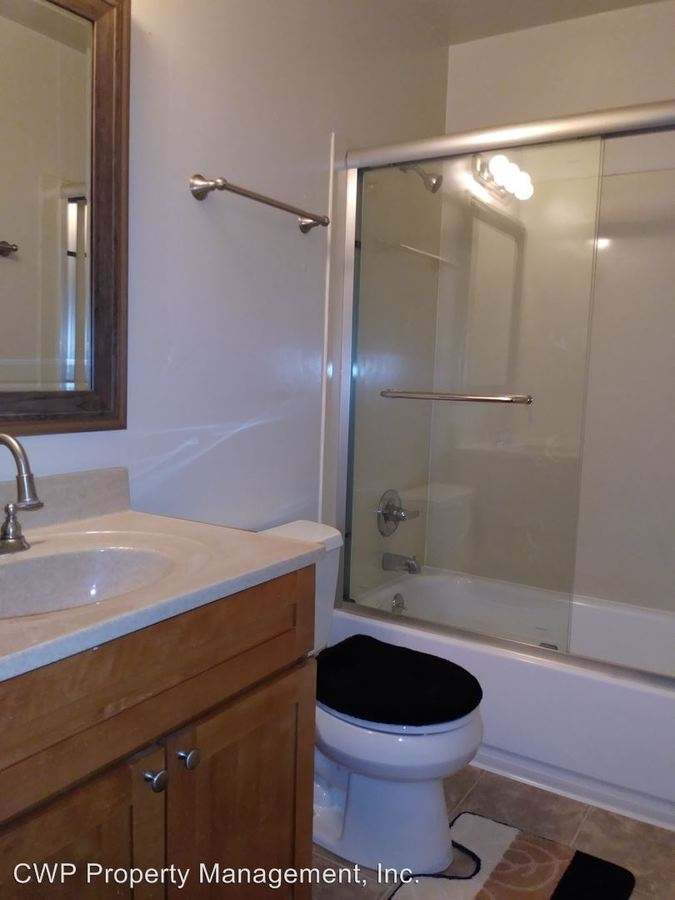 1 Bedroom 1 Bathroom Apartment for rent at Sandpiper Apartments 1465 - 165th Avenue in San Leandro, CA
