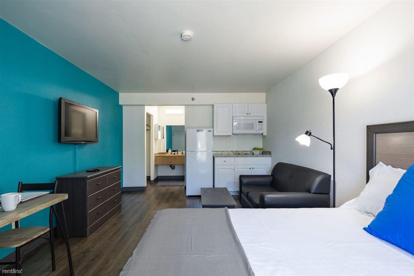 Studio 1 Bathroom Apartment for rent at Siegel Suites Phoenix in Phoenix, AZ