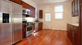 Similar Apartment at 703 Douglass St