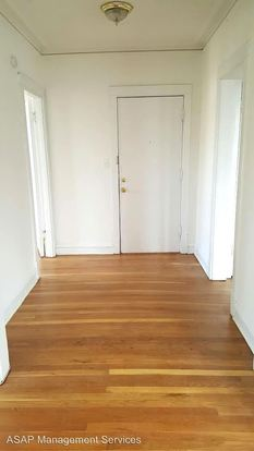 1 Bedroom 1 Bathroom Apartment for rent at 4615 17 N. Albany 3055 57 W. Eastwood in Chicago, IL