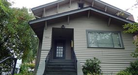 Similar Apartment at 5042 15th Ave Ne A E