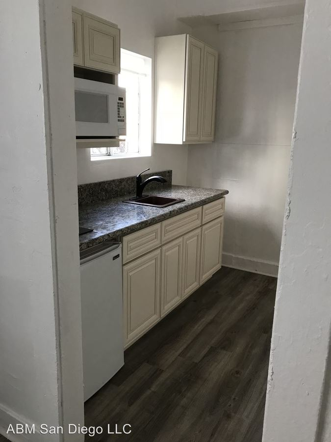 1 Bedroom 1 Bathroom Apartment for rent at 1134 11th Avenue in San Diego, CA