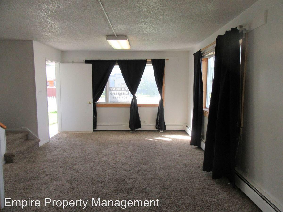 2 Bedrooms 1 Bathroom Apartment for rent at 1501/1503 Lathrop in Fairbanks, AK