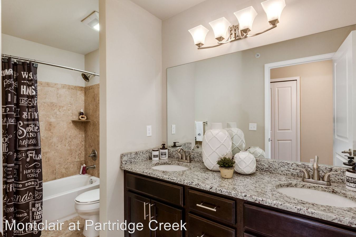 3 Bedrooms 2 Bathrooms Apartment for rent at Montclair At Partridge Creek in Clinton Township, MI