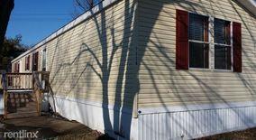 Similar Apartment at 451 Choctaw Way