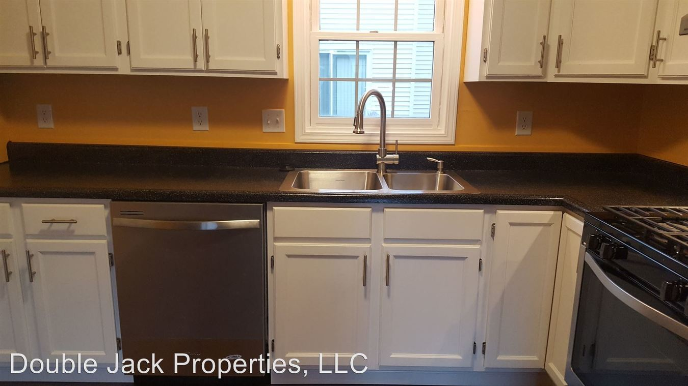 2 Bedrooms 1 Bathroom Apartment for rent at 728 Double Jack Street Unit G Office in Bourbonnais, IL