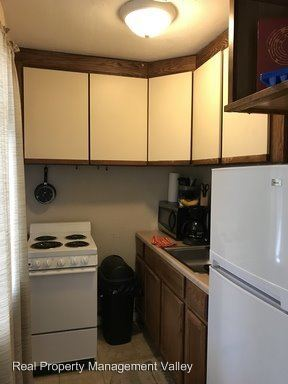 2 Bedrooms 1 Bathroom Apartment for rent at 1427 Lewis Street in Charleston, WV