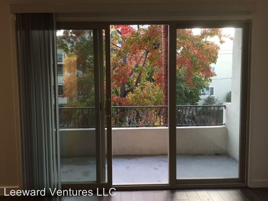 2 Bedrooms 2 Bathrooms Apartment for rent at 290 Lee St. in Oakland, CA