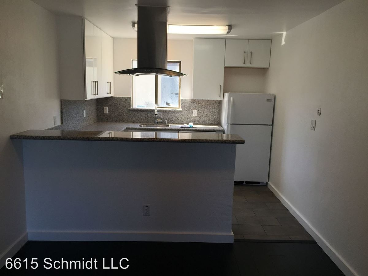 2 Bedrooms 1 Bathroom Apartment for rent at 6615 Schmidt Ln. in El Cerrito, CA