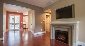 Similar Apartment at 656 Sw Foresta Terrace
