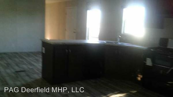 3 Bedrooms 2 Bathrooms Apartment for rent at 2702 Tylersville Rd in Hamilton, OH