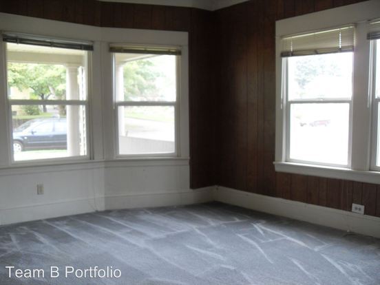 1 Bedroom 1 Bathroom Apartment for rent at 8410 Se 21st in Portland, OR
