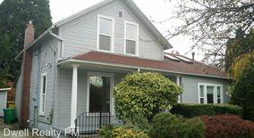 Similar Apartment at 1212 Se Lexington St
