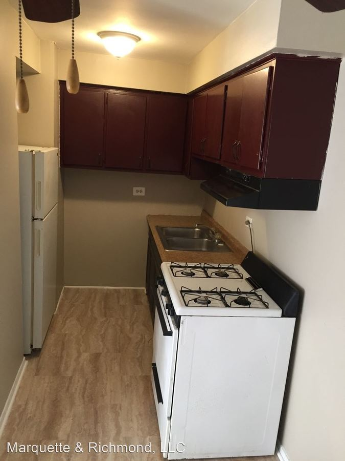 1 Bedroom 1 Bathroom Apartment for rent at 12500 S. Lincoln St in Calumet Park, IL