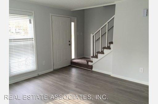 2 Bedrooms 1 Bathroom Apartment for rent at 1-19 Hayti Lane in Durham, NC