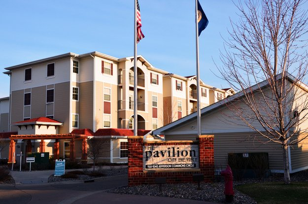 The pavilion on berry apartments st paul mn for Pavilion cost per square foot