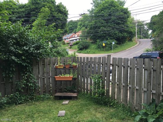 2 Bedrooms 1 Bathroom Apartment for rent at 4310 Harpen Rd in Pittsburgh, PA