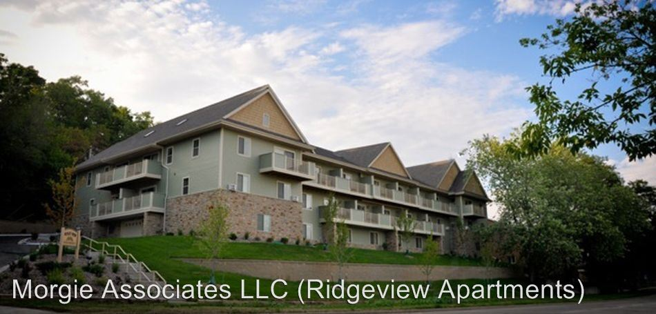 Studio 1 Bathroom Apartment for rent at Ridge View Apartments in Waukesha, WI
