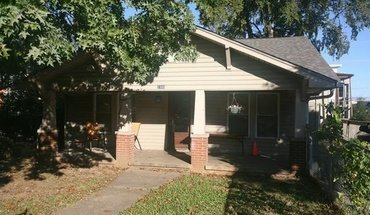 2305 Highland Ave Apartment for rent in Knoxville, TN