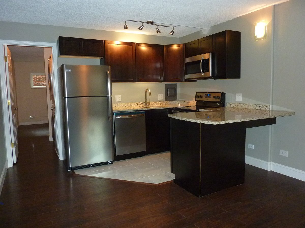1 Bedroom 1 Bathroom Apartment for rent at Evian Tower Condos in Knoxville, TN